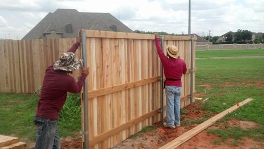 668889-wood fence 1.jpg