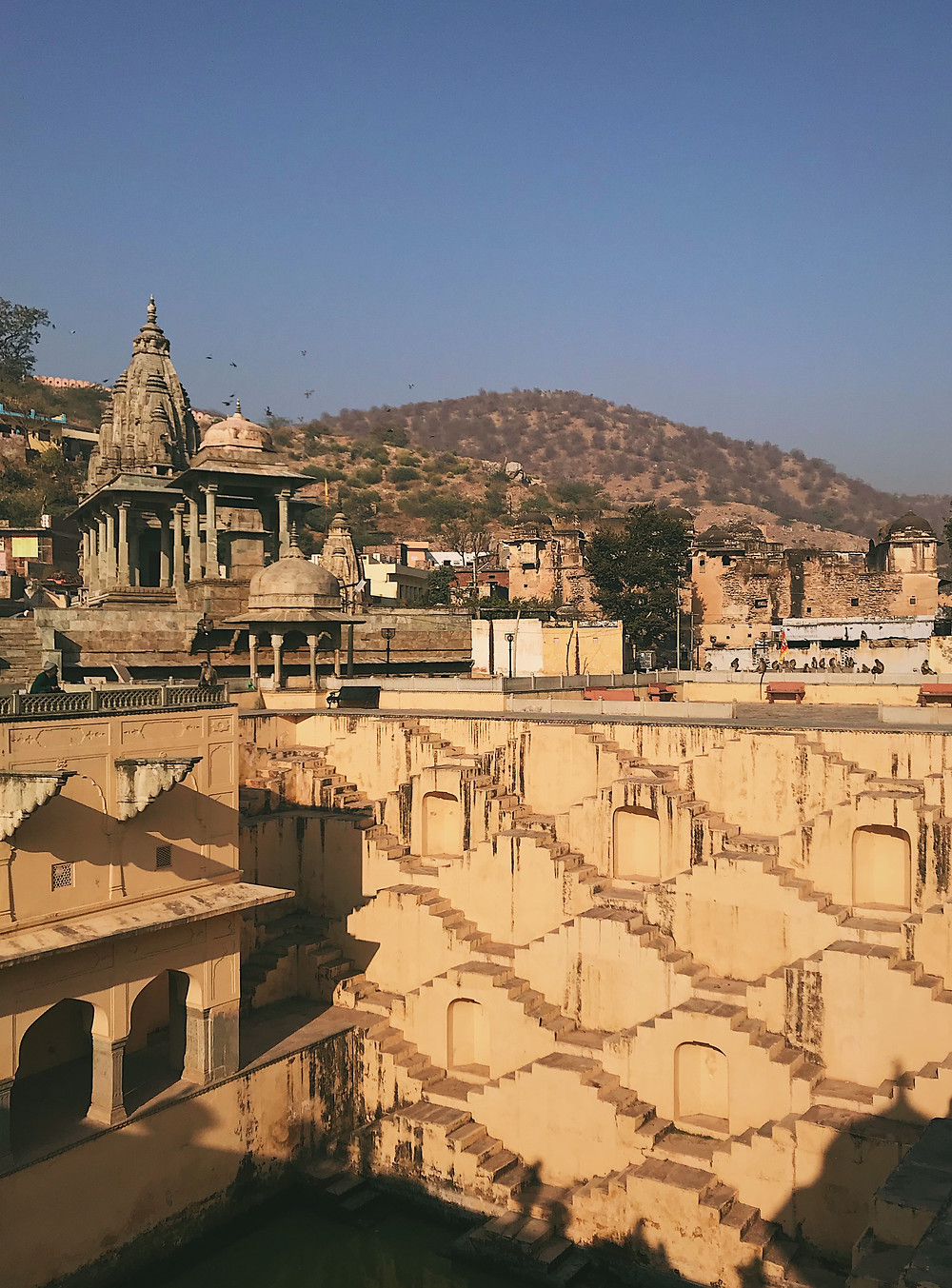 Panna Meena Ka Kund is a stepwell in Jaipur, Rajasthan, India
