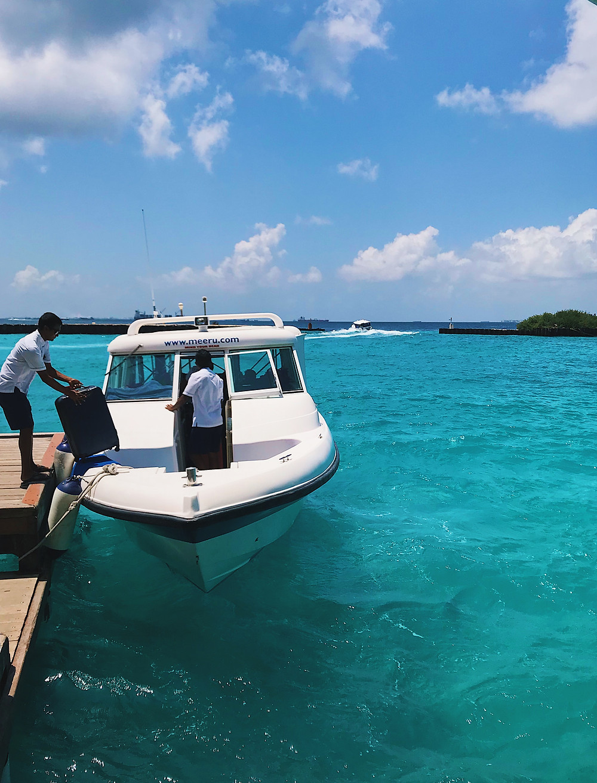 Speedboat transfer to Meeru, the Maldives