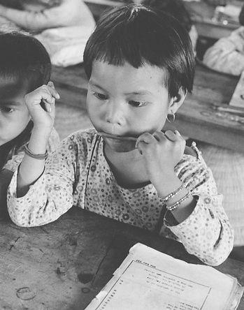 childwpencil.jpg