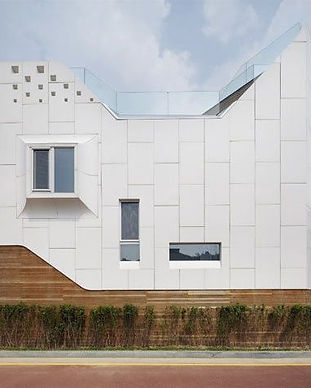 Fasadai-lietas-dirbtinis-akrilinis-akmuo-HI-MACS-7.jpg