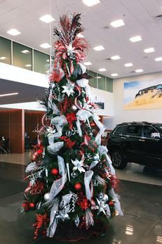 10-foot-slim-prelit-Christmas-tree