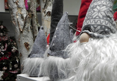 grey-beards-and-birch-at-Christmas