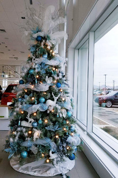 10-foot-artificial-Christmas-tree-in-For