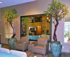 Holiday-Inn-lobby-commercial-silk-trees