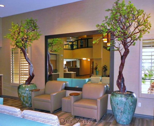 Holiday-Inn-lobby-commercial-silk-trees