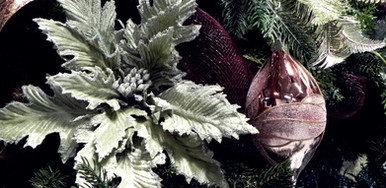 mint-and-mauve-Christmas-decor