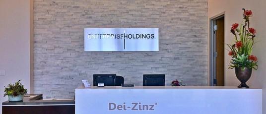 faux-arrangements-at-reception-de-desk.jpg