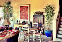 Silk-trees-in-home-breakfast-room