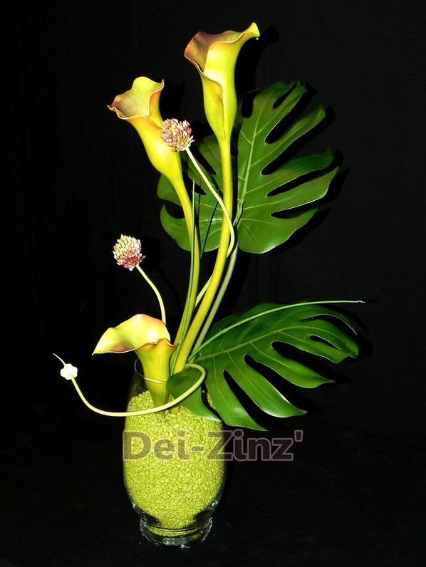 faux Calla and Split Philo arrangement