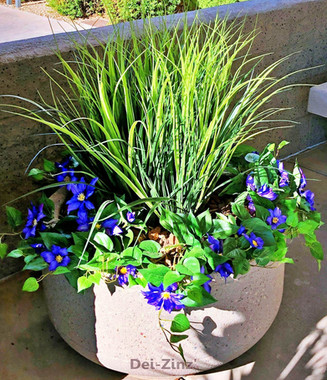 artificial-grass-plants-with-clematis