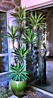 7-foot faux outdoor yucca tree