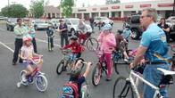 Escorting Kids on Bike-to-School Day