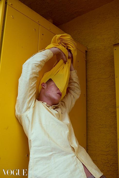 vogue italia photovogue yellow pull reveal