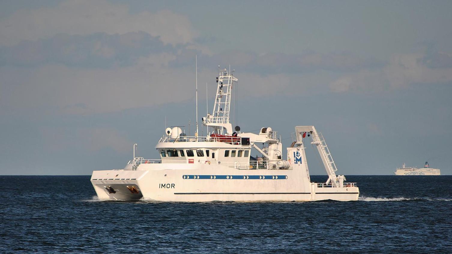 Catamaran onderzoeksschip
