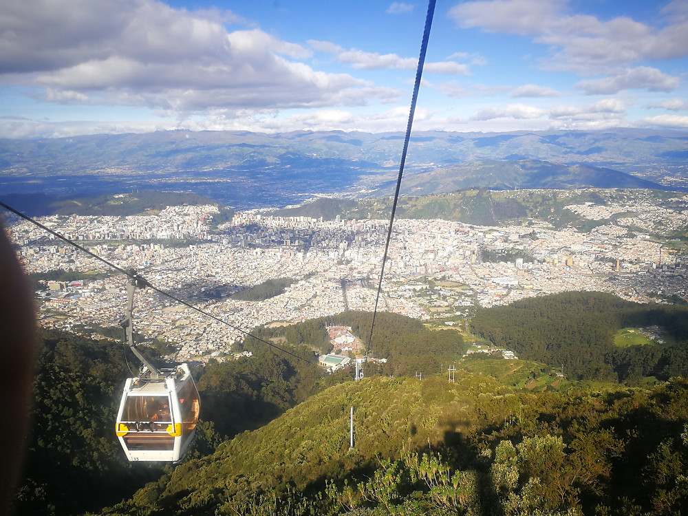 Quito vue d'en haut, téléphérique