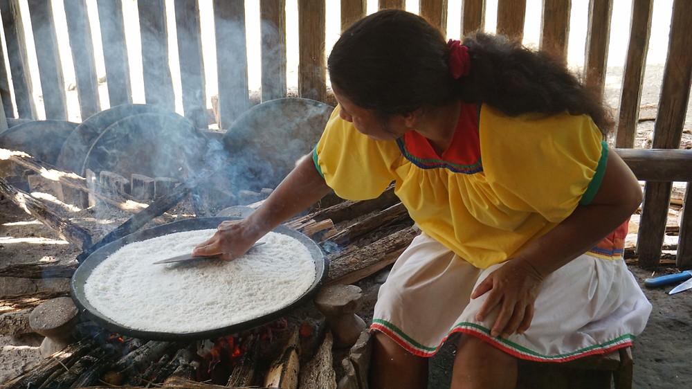 Pain de Yuca, Cuyabeno, Amazonie, Equateur