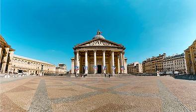 Depuisla place Saint-Michel, venez parcourir les rues du 5e arrondissement, là où je passais mon enfance. De loin, vous pourrez apercevoir Notre-Dame, édifice qui fut chère à mes yeux. Toutefois, c'est dans une autre direction que je vais vous orienter ...       Résolvez les énigmes de ce jeu de piste dans le quartier latin pour découvrir ou redécouvrir Paris.
