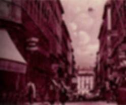 Nantes, 1889. Depuis 50 ans, Thomas Dobrée, deuxième du nom, collectionne œuvres d'arts et objets précieux dans son palais. La nuit dernière, il s'est fait cambrioler. Etonnamment, le voleur n'est reparti qu'avec une seule pièce de sa collection ...