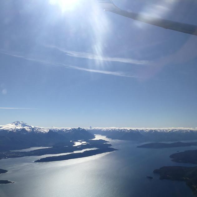 Survol de la région des lacs