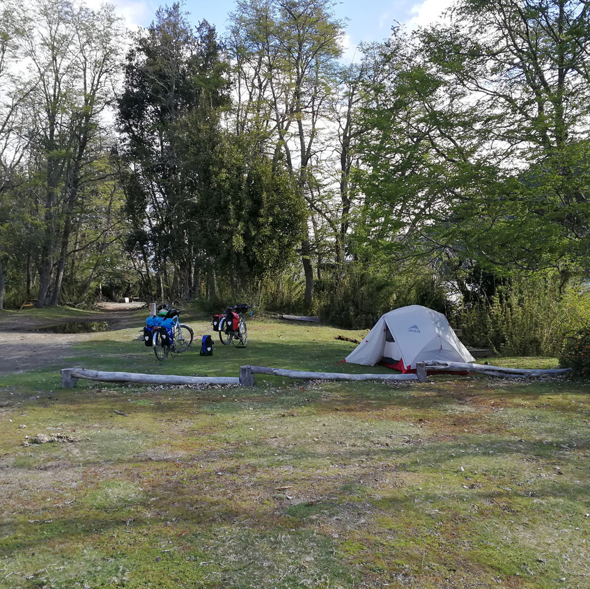 Camping Lago Hermoso