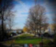 Flâner, se balader et redécouvrir Paris sous un nouveau jour, ludique, insolite, ça vous dit ? Paris le Nez en l'Air vous propose une balade numérique où votre sens de l'observation et votre réflexion vous seront sans doute plus utiles que votre connaissance du quartier.  En partant de la Samaritaine, démarrez cette balade ludique dont les anecdotes vous emmèneront jusqu'au quai de la Tournelle.