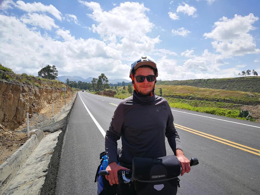 Cyclotourisme, nord de l'Equateur