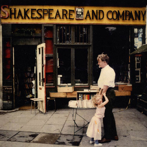 Shakespeare and Co - Foxie