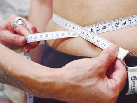 5 fatores que influenciam o metabolismo e ajudam a perder barriga depois dos 40 anos