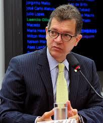 Empresa do deputado Laércio Oliveira recebe mais de 20 milhões em contratos sem licitações