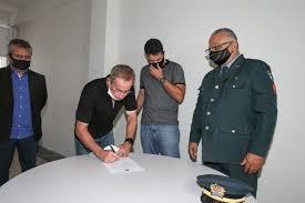 Sargento Vieira toma posse como vereador titular na Câmara de Aracaju