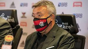 Domenèc coloca nome titular no banco, e Flamengo deve ter 'surpresa' contra o Atlético-GO