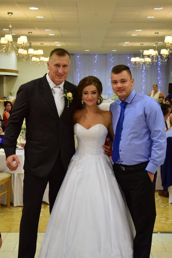 Dj Andress a novomanželia