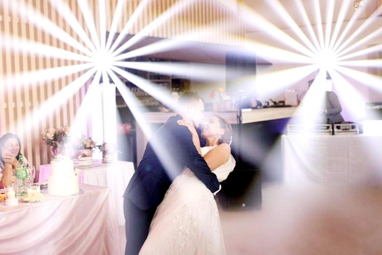 svadba v Turčianskom Dvore v Košťanoch s profesionálnym dj na svadbu a event