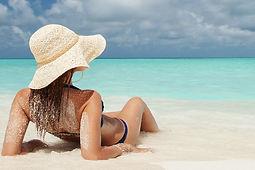 Seven mile beach Cayman Islands Amvivo