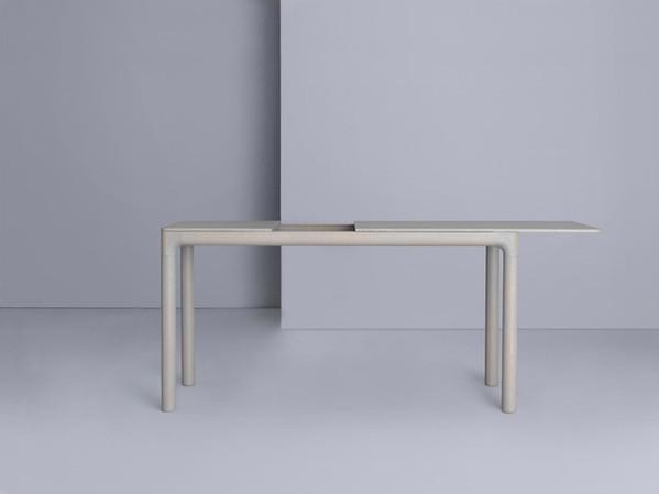 M11 Desk
