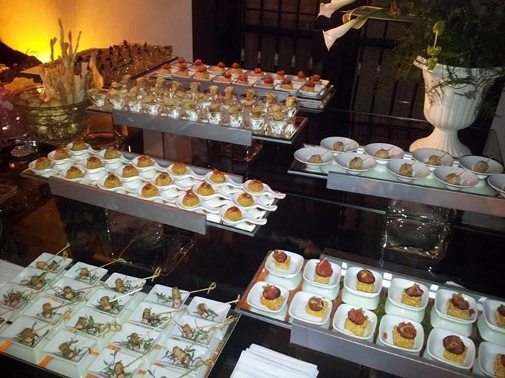 Catering e buffet para stands