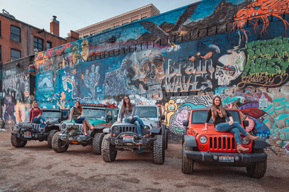 Jeep Girls at Freak Alley