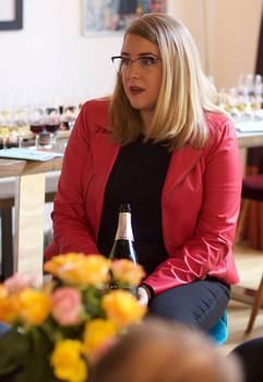 Caroline Conner of Lyon Wine Tastings
