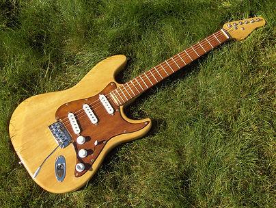 Guitare 11.JPG