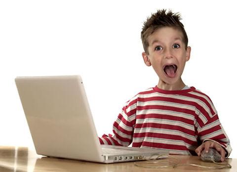 kid-on-computer-2_tnvltp.jpg