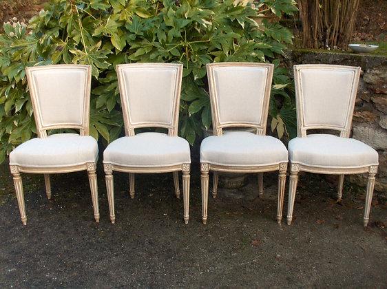 Chaise à hotte tapissée ancienne, patinée lin vieilli, tissu uni lin, style Louis XVI, en hêtre massif.