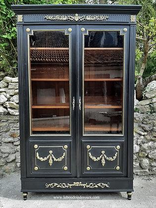 Bibliothèque, vitrine ancienne patinée noire et or style Napoléon III