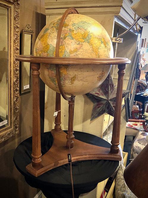 Heirloom Globe Light
