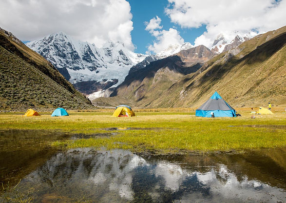 Campo tendato nella Cordillera Huayhuash