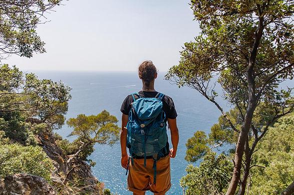 Escursionista alle Cinque Terre