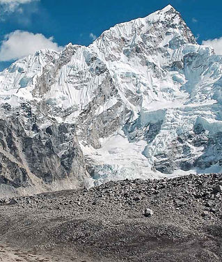 Everest%20base%20camp%203-1_edited.jpg