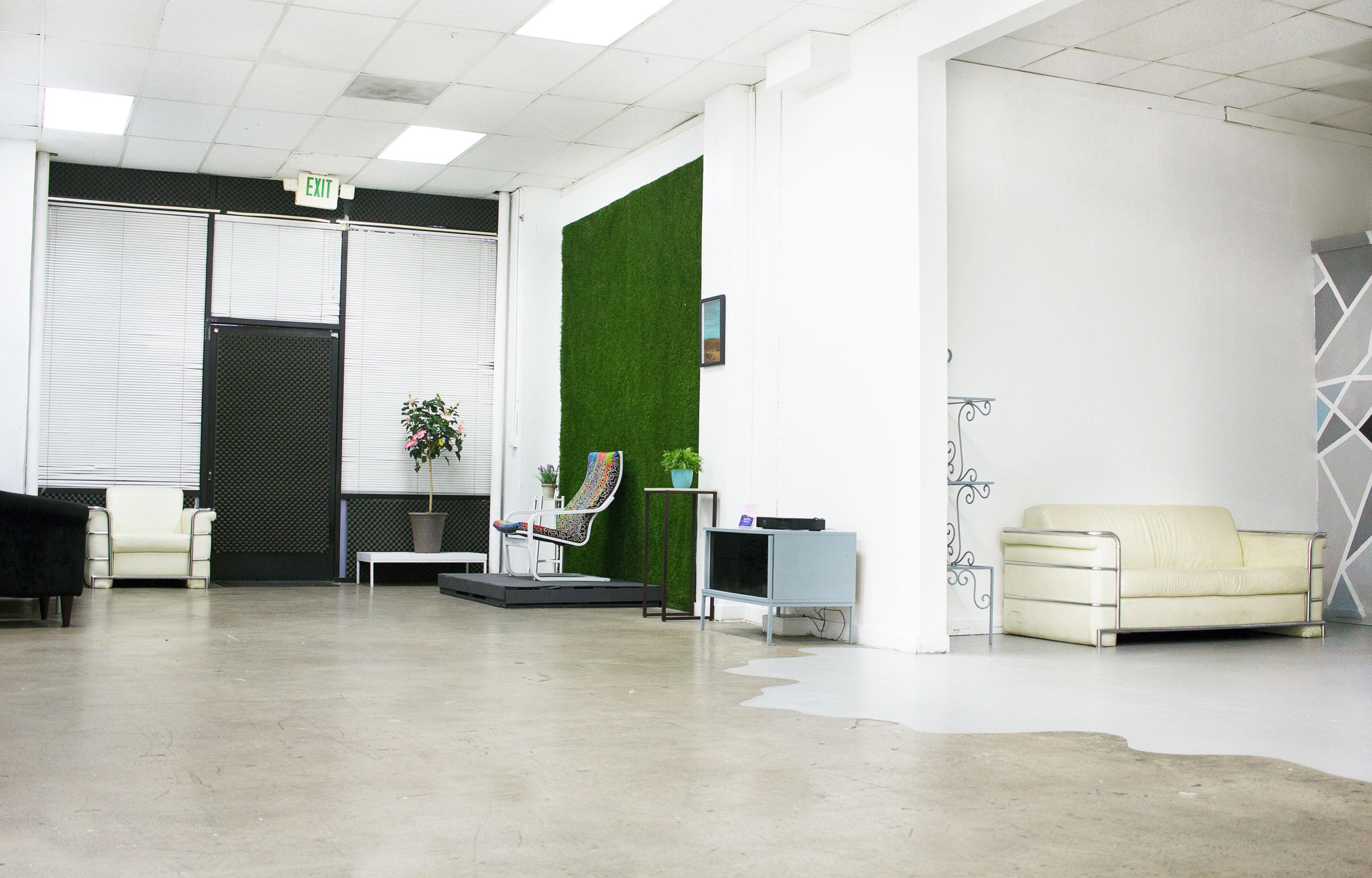 Opulen Studios DTLA Photo Studio