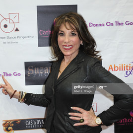 kate-linder-attends-the-abilities-expo-f
