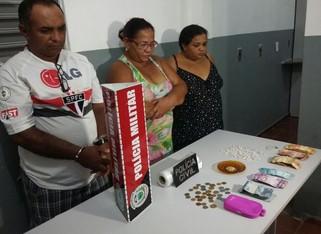 Trio é preso acusado de comercializar drogas no Bairro Santa Clara em Patos